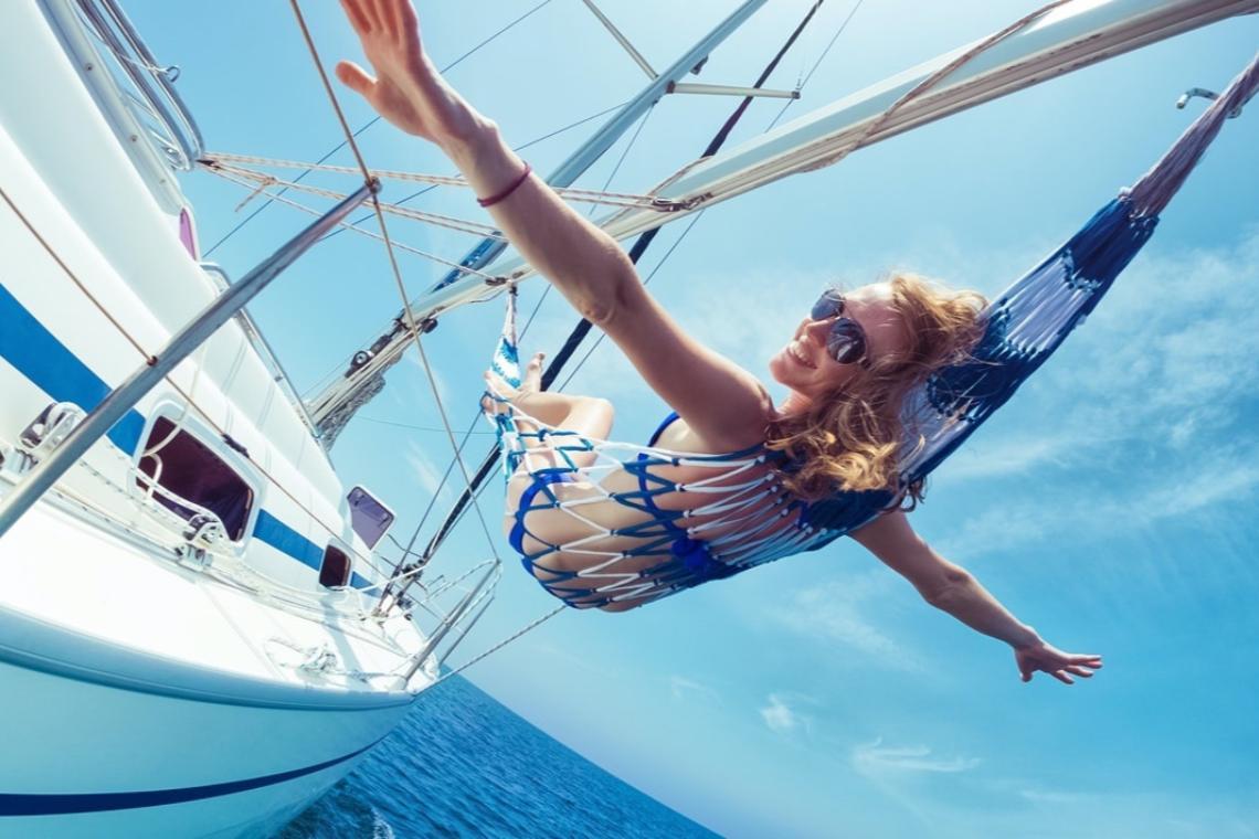 8 советов, как выспаться на лодке